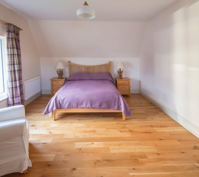Morsgail Lodge, Isle of Lewis holiday accommodation comfortable en-suite double bedroom